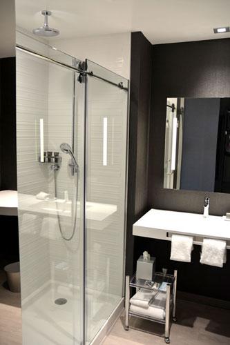 achotel_bathroom_lrg