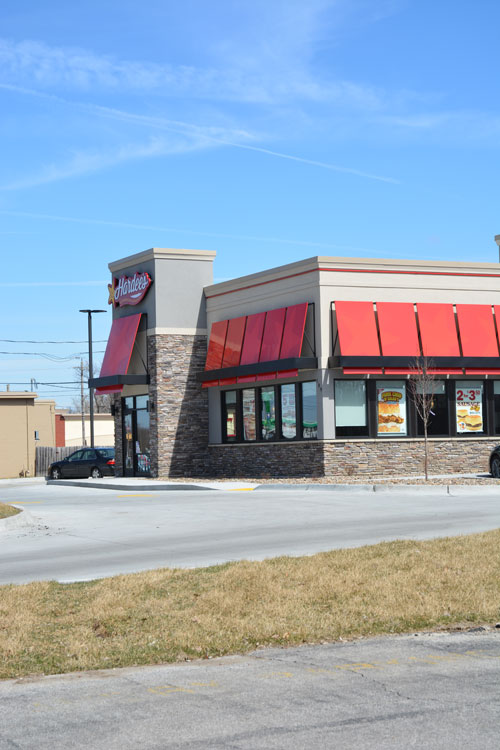 hardees_outside2_lrg